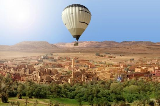 hot air ballooning in morocco